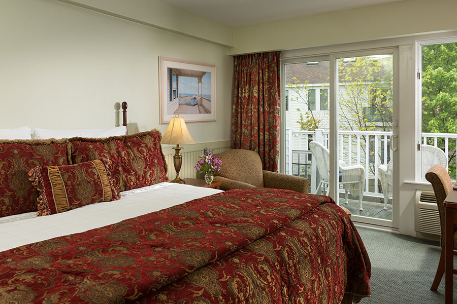 River View Room at the Lord Camden Inn in Camden, Maine