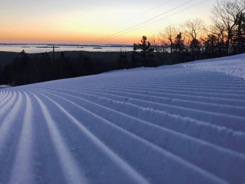 Camden Snow Bowl, skiing, Camden, Maine, snow
