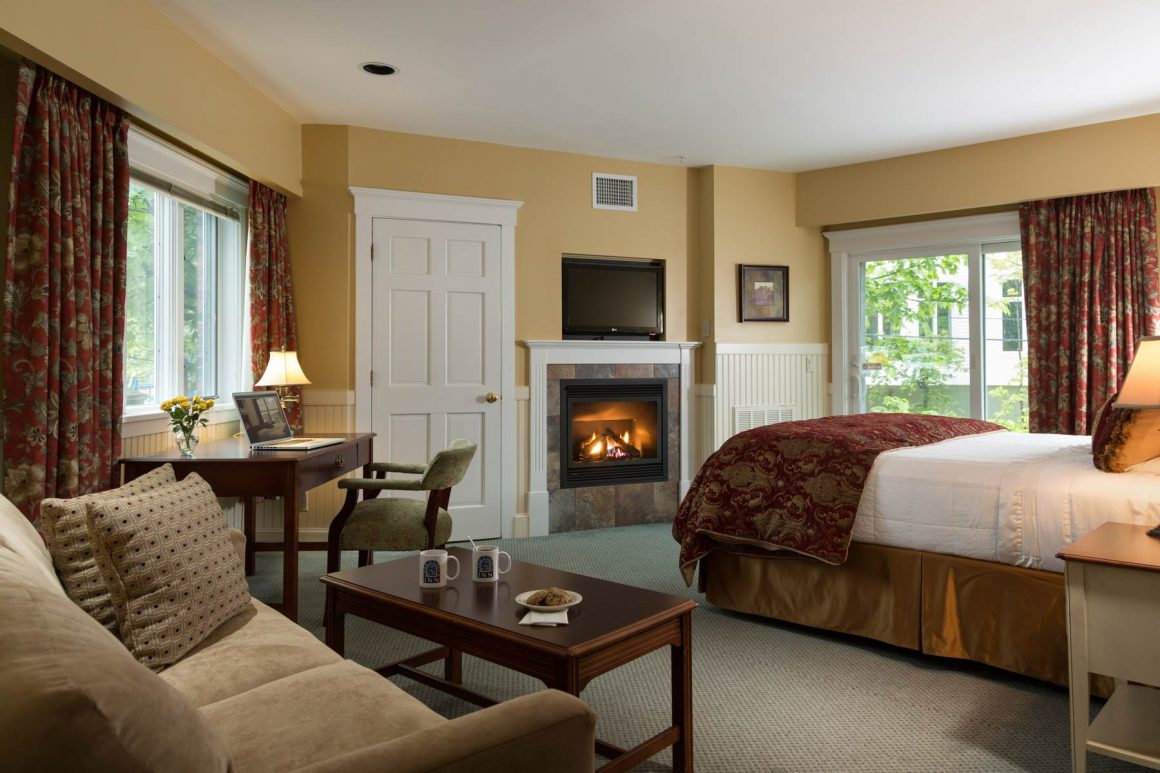 River View Fireplace Suites