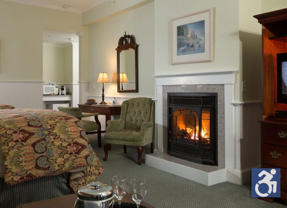Deluxe Fireplace Rooms – ADA Accessible