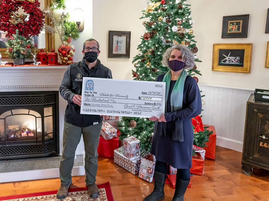 Lord Camden Inn Makes $500 Donation to Habitat for Humanity